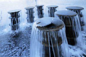 """Blick auf die sogenannten """"Tulpen"""", also den Wasserzulauf aus den Wasserwerken in der Wasserversorgunganlage Probstheida,"""