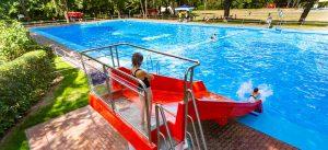 Sommerbad Südost: 2018 haben die Leipziger Sportbäder hier eine neue Wasserrutsche in Betrieb genommen.