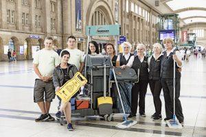 Saubere Arbeit: Die Reinigungskräfte im Hauptbahnhof.