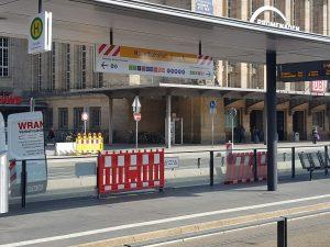 Leipziger Mobilitäts Tipps: Blick auf die Haltestelle Hauptbahnhof mit neuem Steig