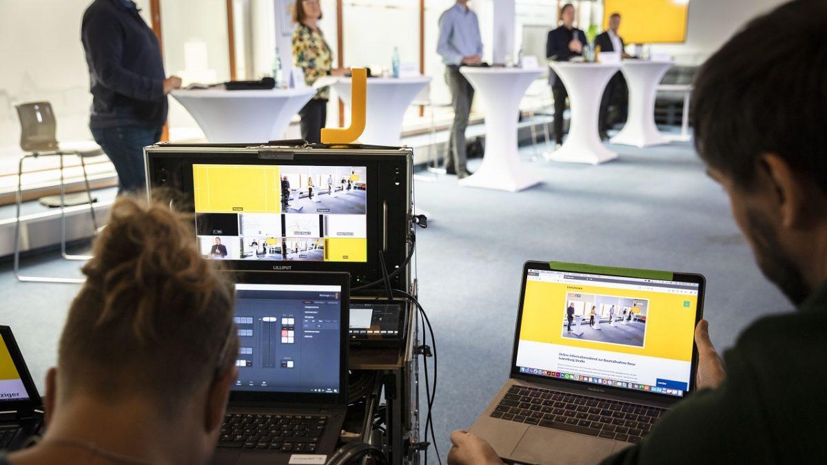 Rosa Luxemburg Strasse: Blick auf die Videotechnik